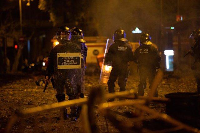 Mossos d'Esquadra durant els aldarulls, Barcelona (Espanya) 18 d'octubre del 2019.