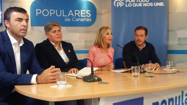 Manuel Domínguez, Noelia García, Australia Navarro y Mariano Hernández, en rueda de prensa