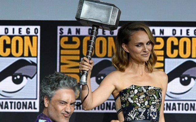 Natalie Portman en la Comic-Con International en el panel de Marvel Studios