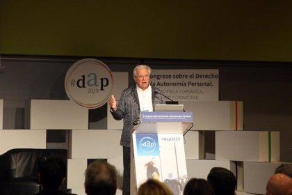 """Cocemfe pide la """"plena inclusión"""" del discapacitado en el I Congreso sobre autonomía personal"""