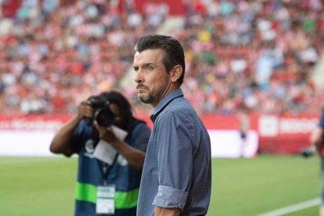 Fútbol.- El Girona destituye a Juan Carlos Unzué