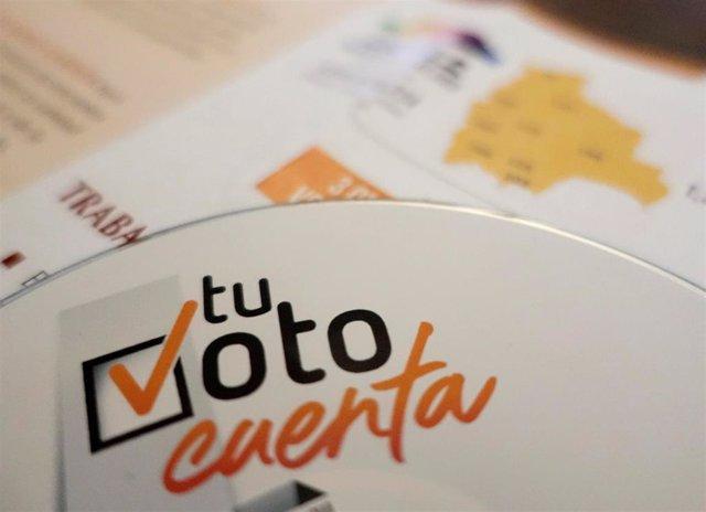 CD con información sobre las elecciones en Bolivia