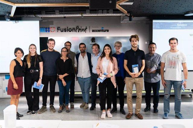 Estudiants participants en el Climathon, un 'hackathon' de prototips contra els efectes del canvi climàtic a l'Àrea Metropolitana de Barcelona, reunits en el Fusion Pont d'Esade i Accenture, el 19 i 20 d'octubre del 2019 a Barcelona