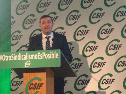 """Benito Román pide a Vara la presencia de CSIF en """"todos los foros de diálogo social"""" en Extremadura"""