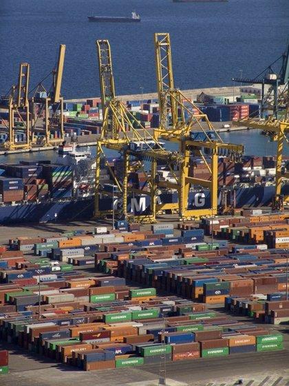 Las exportaciones catalanas de mercancías crecen un 2,1% hasta agosto