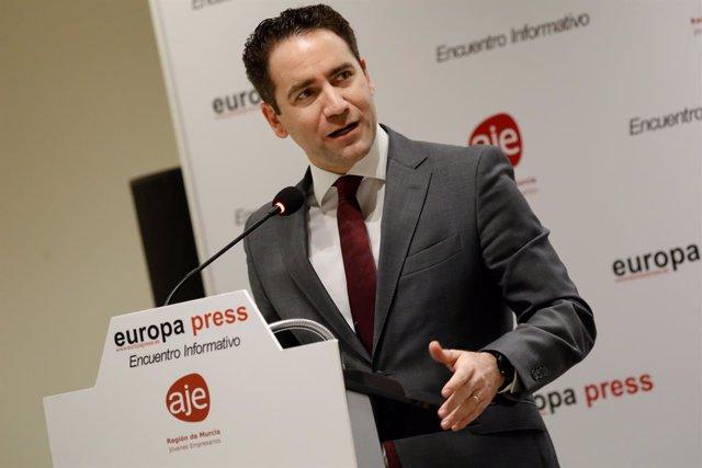 El secretari general del PP, Teodoro García Egea, durant la seva intervenció en una trobada informativa d'Europa Press, Múrcia (Espanya), 22 d'octubre del 2019.