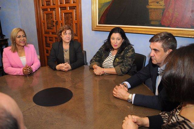 CórdobaÚnica.- La Diputación y una delegación ecuatoriana analizan el papel de l