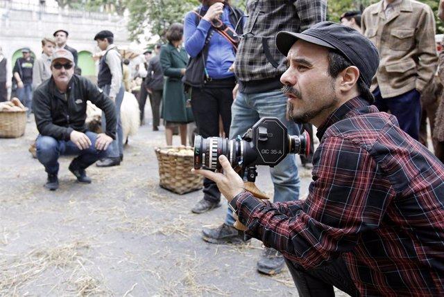 Koldo Serra dirige la serie Caminantes
