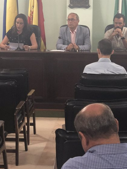 """San Juan aprueba una plaza para dos hermanos """"héroes"""" republicanos con el voto en contra del PP y Vox"""