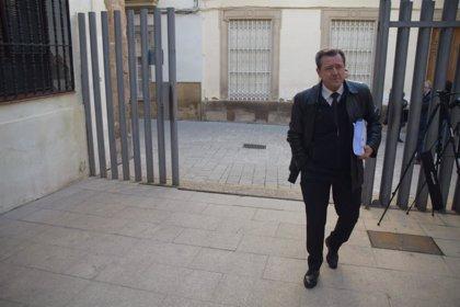 Fiscalía pide cuatro años de cárcel para el exalcalde de Linares (Jaén) y el PSOE eleva su petición a ocho años