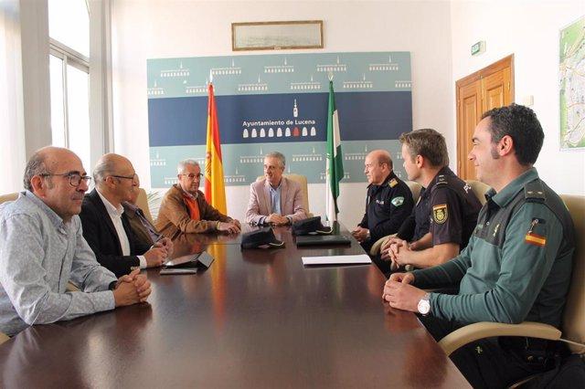 Reunión de coordinación para prevenir los robos de aceituna en Lucena (Córdoba).
