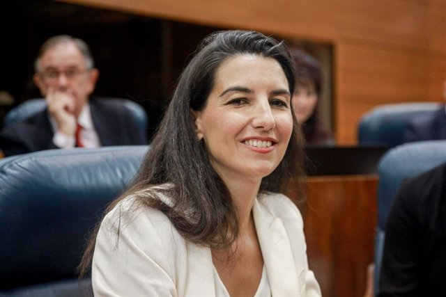 La portaveu de Vox a l'Assemblea de Madrid, Rocío Monasterio, asseguda en el seu escó
