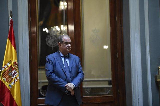 El director general de la Policia Nacional, Francisco Pardo Piqueras, durant l'acte de lliurament de condecoracions a funcionaris del Cos Nacional de Policia amb motiu de la celebració dels actes del Dia de la policia, a Madrid (Espanya).