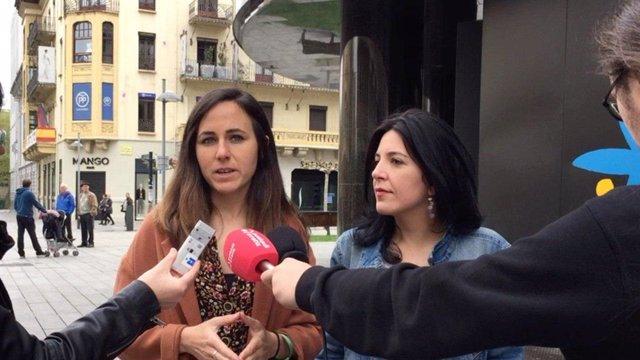 Ione Belarra (i) e Idoia Villanueva, candidatas navarras de Unidas Podemos.
