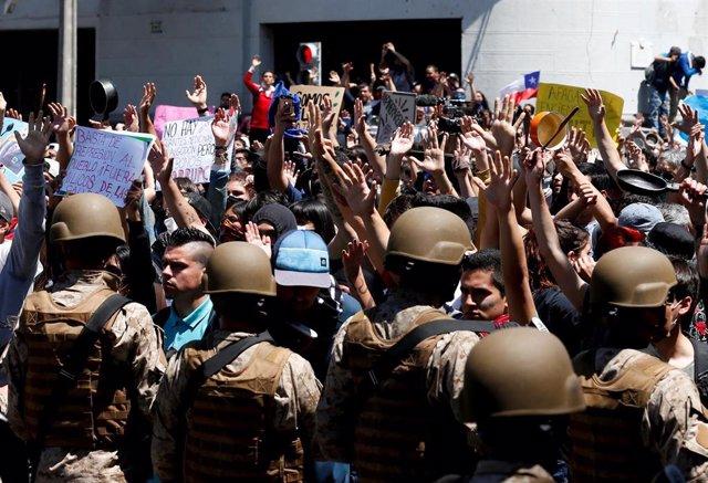 Manifestación en Valparaíso contra el Gobierno de Sebastián Piñera