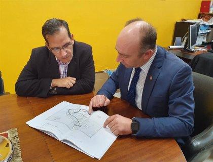 El alcalde de Campaspero traslada a Cobos la petición de hacer un Centro de Día en la localidad