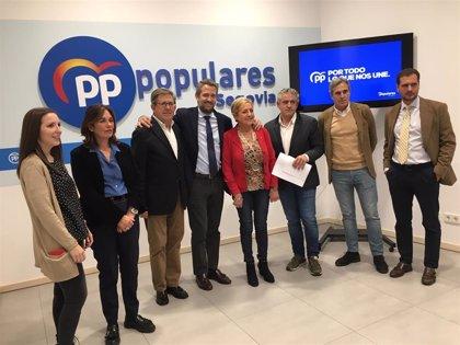 Jaime Olano muestra su apoyo al medio rural y pide la concentración del voto hacia el PP en su visita a Segovia