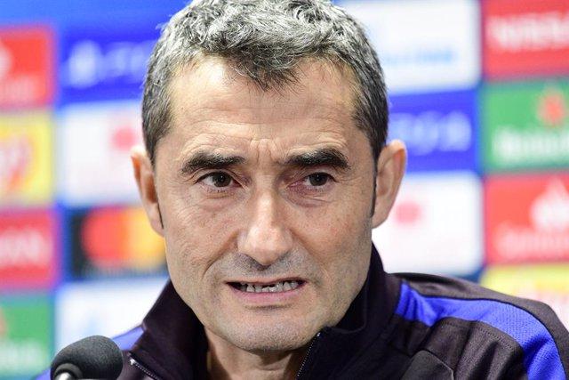 """Fútbol.- Valverde, sobre el Clásico: """"Me gustaría que no nos salpicaran las guer"""
