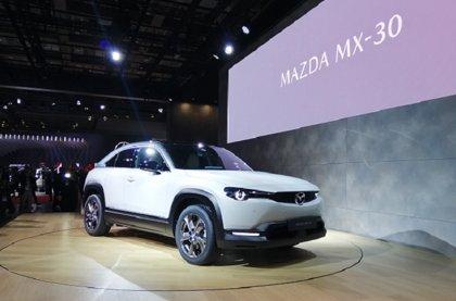 Mazda muestra en Tokio su primer eléctrico, el MX-30, con 200 kilómetros de autonomía