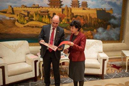 Navarra y Gansu acuerdan colaborar en turismo, energías renovables y agroalimentación