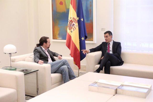 (E-D) El secretari general de Podem, Pablo Iglesias i el president del Govern central, Pedro Sánchez, durant la reunió a La Moncloa, per analitzar la situació a Catalunya després de la sentència del judici del procés, Madrid (Espanya).
