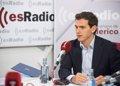 """Rivera ve improbable que el centro-derecha sume y defiende un pacto PSOE-PP-Cs para """"atar en corto"""" a Sánchez"""