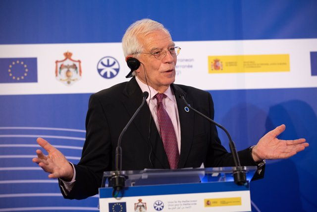 El ministro de Asuntos Exteriores en funciones, Josep Borrell, en el Foro Regional de la Unión por el Mediterráneo.