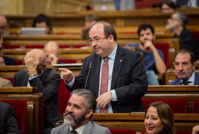 El primer secretari del PSC, Miquel Iceta intervé durant una sessió plenria al Parlament de Catalunya, celebrada una setmana després de conixer-se la sentncia del judici del procés, Barcelona (Espanya), 23 d'octubre del 2019.