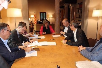 La Diputación de Barcelona y BBVA firman créditos con 13 ayuntamientos por 15,84 millones
