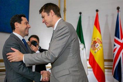 Moreno y el embajador británico confían en un 'Brexit' ordenado que minimice el impacto en Andalucía