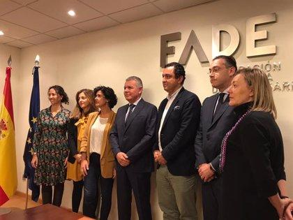 """Comercio de Oviedo, El Corte Inglés, Alimerka, Masymas y Mercadona firman un acuerdo para """"impulsar"""" la ciudad"""