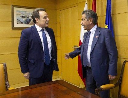 Revilla y el embajador de Cuba estudian potenciar los intercambios entre Cantabria y la isla