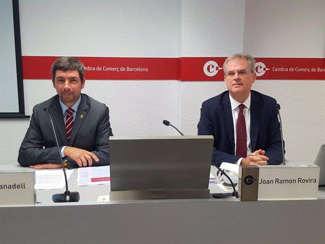 El president de la Cambra de Comer de Barcelona, Joan Canadell, el director del Gabinet d'Estudis Joan Ramon Rovira
