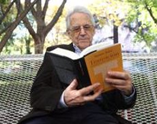 L'historiador Santos Juliá mor als 79 anys (EUROPA PRESS - Archivo)