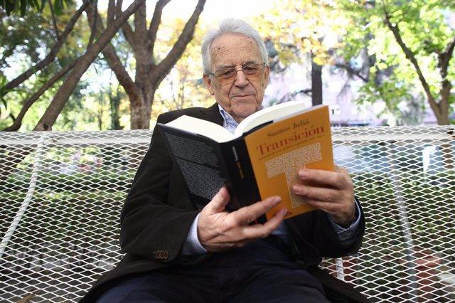 L'historiador Santos Juliá presenta el seu nou llibre