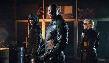 La 8ª temporada de Arrow abordará la teoría fan sobre Linterna Verde y John Diggle