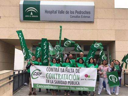 CSIF, CCOO y UGT critican a la Junta por la falta de personal en hospitales y centros de salud de Córdoba