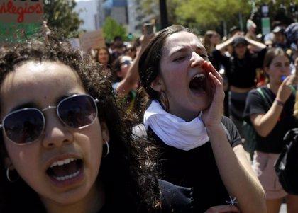 Borrell espera que las protestas en Chile sean pacíficas y que Gobierno y agentes sociales alcancen pronto una solución