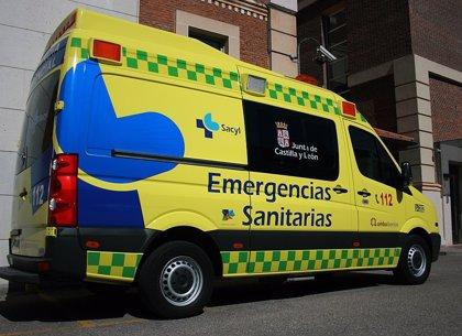 Herida al colisionar su todoterreno con un camión detenido en el arcén de la A-62 en Los Balbases (Burgos)