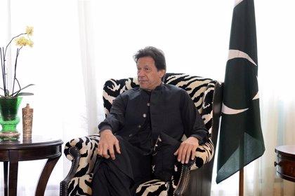 El primer ministro de Pakistán rechaza dimitir ante las movilizaciones convocadas por la oposición