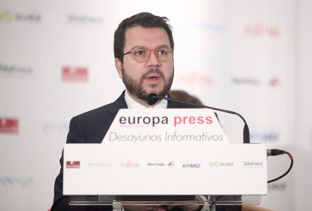 El vicepresident del Govern i conseller d'Economia i Hisenda, Pere Aragonès, intervé durant l'esmorzar informatiu d'Europa Press a Madrid a 24 d'octubre de 2019