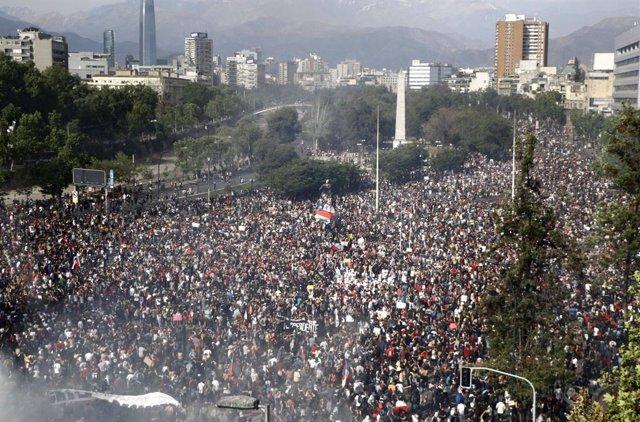 Chile.- El Colegio Médico de Chile denuncia amenazas e intimidación en el marco