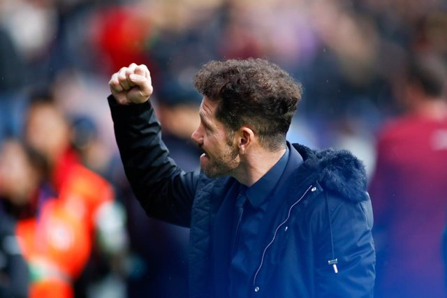 """Fútbol.- Simeone: """"Somos afortunados de tener a la mejor afición de España"""""""