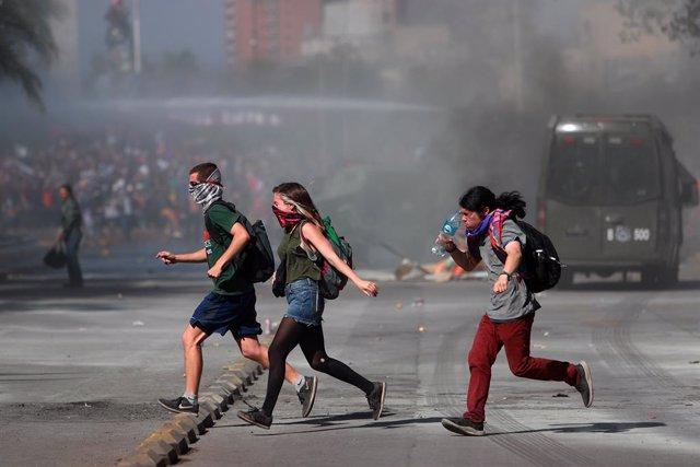 "Chile.- Tres expertos de la oficina de Bachelet viajarán a Chile para revisar ""d"