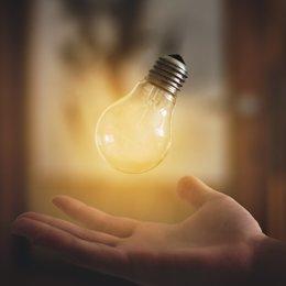 COMUNICADO: Los clientes del mercado energético prefieren las comercializadoras