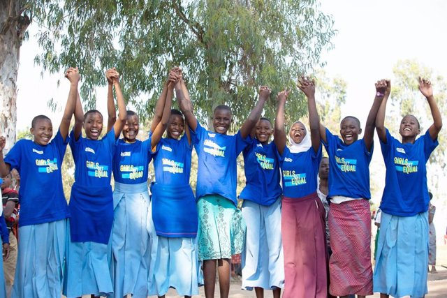 Niñas contra el matrimonio infantil en Tanzania