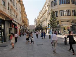 Cruz Conde, principal calle comercial del centro de la ciudad de Córdoba