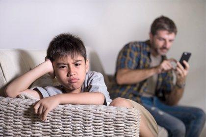 Nuevas tecnologías, cuando la dependencia la tienen los padres