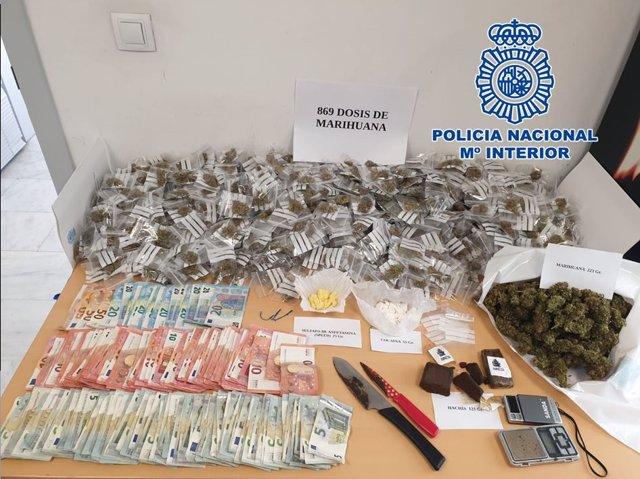 Detienen en Motril a un varón acusado de repartir droga a domicilio en una motocicleta