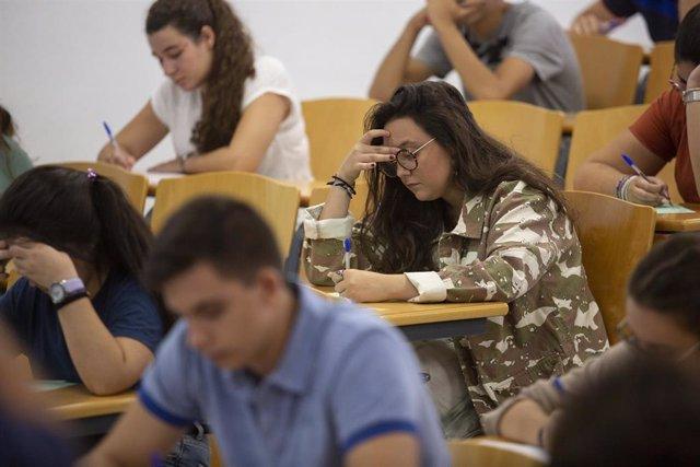 Convocatoria extraordinaria de las pruebas de Selectividad en la Universidad de Sevilla.